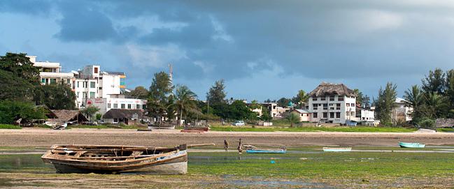 Malindi. View neighborhood Shella on Silversand Road