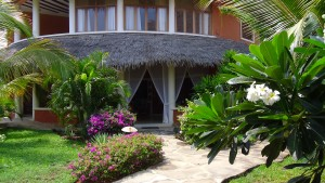 Tembo Court Ocean Beach Resort Malindi