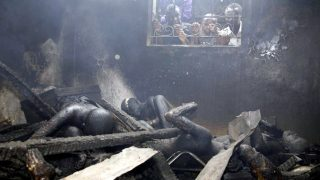Kenya. Violence after the elections December 27, 2007-January 3, 2008. In the picture: More than 10 people burn alive.