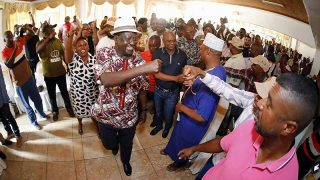 Raila Odinga to the assembly on the self-determination of the coast in Kikambala (Kilifi-Kenya).